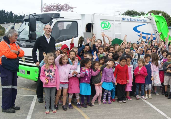 Electric-truck-at-school-1-(424914)